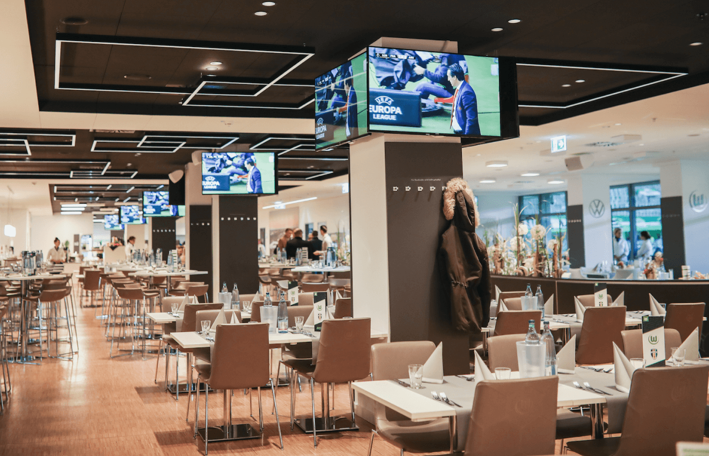Professional Displays: Vestel stattet Stadion des VfL Wolfsburg aus